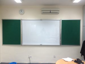 Customized 3 fold whiteboard cum green felt board