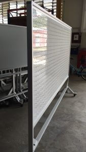 Double sided magnetic whiteboard with 1000 hooks each side for size 8ft x 4ft - 3